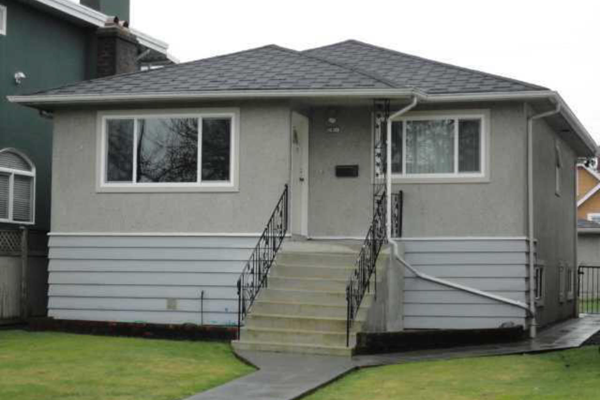2630 Kitchener Street, Renfrew VE, Vancouver East